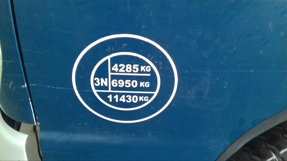 tai-trong-xe-ollin-700b