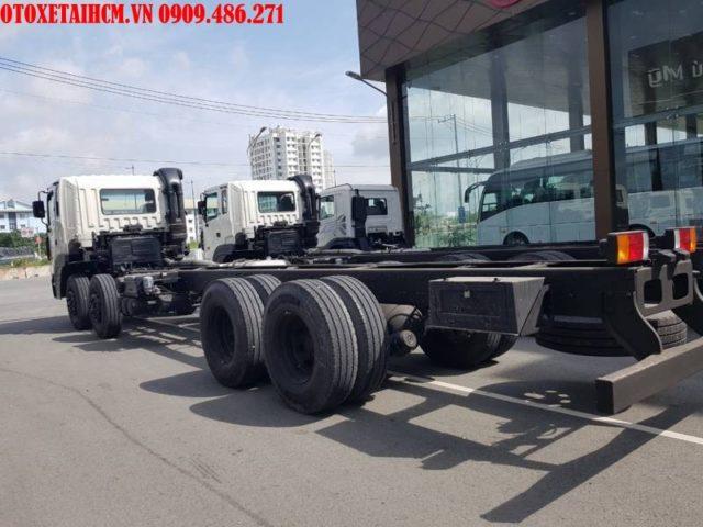 xe tải 4 chân HD320